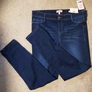 NWT Juicy Couture jeggings mid rise
